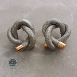leather knot studs earrings (κωδ:0262)